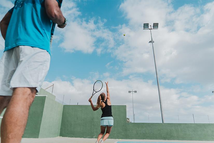tennis individual playing